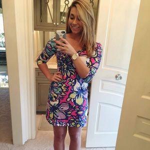 Lily Pulitzer - v-neck, 3/4 sleeve dress